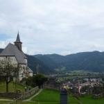 Cerkev ob gradu v Brežah